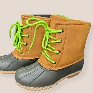 Girls Lace Up Boots Size 3